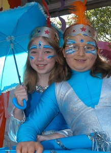 Image of Girls in blue