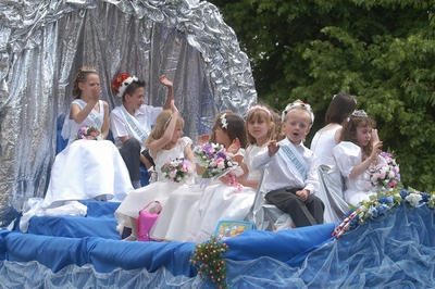 Image of Prince and Princess Float